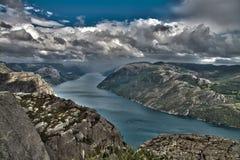 Image de HDR de falaise de Preikestolen Image libre de droits