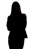 Image de la silhouette de la femme avec des bras croisés photos libres de droits