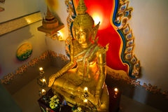 Image de lumière d'or de Bouddha Image libre de droits