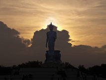 Image de marche de Bouddha Images stock