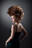 Image de modèle avec le maquillage de cheveux et de disco de volume Image libre de droits