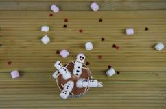 Image de nourriture et de boissons de photographie de saison d'hiver avec la tasse de chocolat chaud et les mini guimauves formée Photo libre de droits