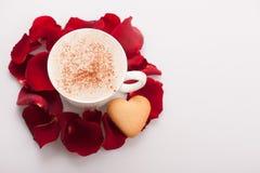 Image de plan rapproché de beau biscuit de forme de coeur Photo libre de droits