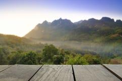 Image de tache floue de beaux point de vue de paysage et cloudspace Images stock