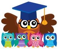 Image 4 de thème de professeur et de jeunes hiboux de hibou Photographie stock libre de droits