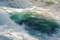 Image du verre de rebut pour réutiliser dans l'industrie, recy en verre cassé Image stock