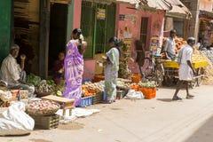 Image illustrative éditoriale Boutique des fruits et légumes Photographie stock libre de droits