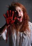 Image orientée d'horreur avec saigner la femme de Freightened Photos libres de droits