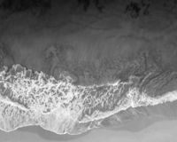 Imagem aérea da onda do zangão de Kauai imagem de stock