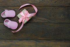 Imagem aérea da opinião de tampo da mesa do fundo feliz do feriado do dia de mães da decoração imagem de stock royalty free