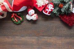 Imagem aérea da opinião de tampo da mesa dos artigos ano novo feliz & fundo do Feliz Natal Fotografia de Stock Royalty Free