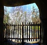 cachoeira da caverna Imagens de Stock Royalty Free