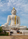 Imagem branca de buddha Imagens de Stock Royalty Free
