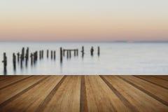 A imagem calma da paisagem do conceito do mar e do cais lisos arruina wi Foto de Stock