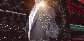 Imagem composta da imagem do gráfico de computador do homem de negócios com mão robótico 3d Imagem de Stock