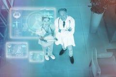 Imagem composta da relação médica da biologia em 3d azul Fotos de Stock Royalty Free