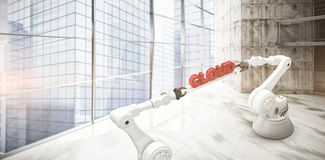A imagem composta das mãos robóticos metálicas que guardam a nuvem vermelha text sobre o fundo branco Fotografia de Stock