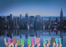 A imagem composta de Digitas de guardar das mãos aprende entalhes novos do material Fotos de Stock