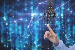 A imagem composta de Digitas do robô humano entrega o toque de no céu fotos de stock royalty free