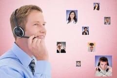 Imagem composta de Digitas dos fones de ouvido vestindo executivos da hora por candidatos imagem de stock