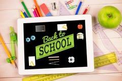 Imagem composta de volta à mensagem da escola com ícones Fotografia de Stock
