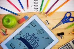 Imagem composta de volta à mensagem da escola com ícones Imagem de Stock