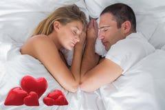 Imagem composta do encontro bonito dos pares adormecido na cama ilustração do vetor