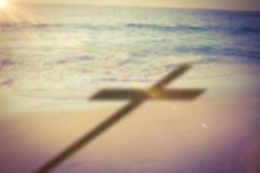 Imagem composta do fim acima da cruz 3d de madeira Foto de Stock Royalty Free