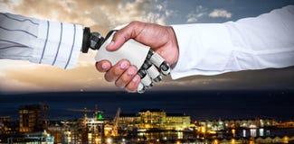 Imagem composta do homem de negócios e do robô que agitam as mãos 3d Foto de Stock
