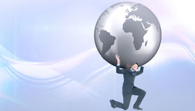 Imagem composta do homem de negócios que leva o mundo Imagens de Stock Royalty Free