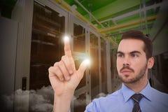 Imagem composta do homem de negócios que mede algo com seus dedos Fotografia de Stock Royalty Free