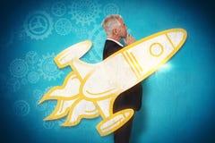 Imagem composta do levantamento maduro pensativo do homem de negócios Fotos de Stock