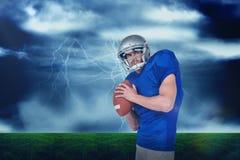 Imagem composta do manto dos esportes que joga a bola Imagem de Stock