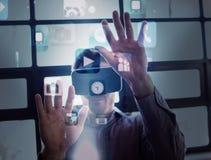 Imagem composta dos ícones futuristas do app que flutuam na luz Fotografia de Stock