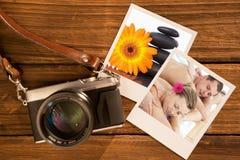 Imagem composta dos pares de relaxamento que têm uma massagem imagem de stock royalty free
