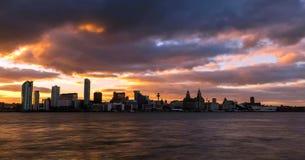 Imagem conservada em estoque da skyline de Liverpool, Reino Unido imagens de stock royalty free