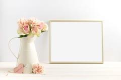 Imagem conservada em estoque denominada com um quadro do ouro Fotografia de Stock