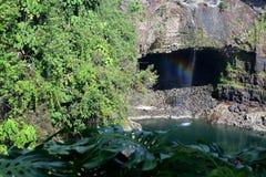 A imagem conservada em estoque do arco-íris cai, Isalnd grande, Havaí Foto de Stock
