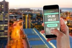 Imagem 3d composta da imagem colhida da mão que guarda o telefone esperto Imagem de Stock Royalty Free