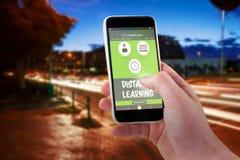 Imagem 3d composta da mão colhida usando o telefone celular Imagens de Stock