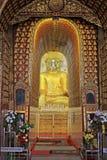 Imagem da Buda do pagode de Yadanar Manaung, Nyaungshwe, Myanmar Imagem de Stock Royalty Free