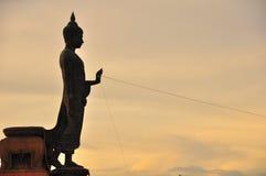 Imagem da Buda em Phuttamonthol Fotografia de Stock Royalty Free