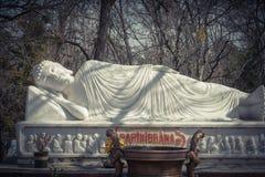 Imagem da Buda em seu nirvana de Parinibbana após a morte fotos de stock royalty free