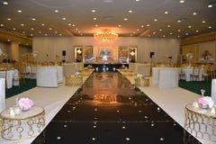 Imagem da decoração do salão do acoplamento e do banquete de casamento para cada local de encontro imaginável imagens de stock
