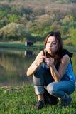 Imagem da mulher com dente-de-leão Imagens de Stock Royalty Free