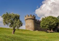 Imagem da paisagem do castelo Montebello durante o dia fotografia de stock royalty free