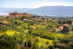 Imagem da paisagem típica de tuscan Imagens de Stock