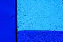 Azul e pálido vibrantes - fundo azul Imagem de Stock