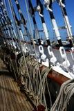 Imagem das cordas na plataforma na embarcação de navigação Fotografia de Stock Royalty Free