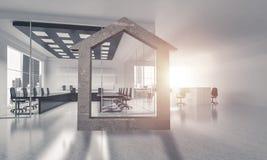 A imagem de fundo conceptual de home concreto assina dentro o offi moderno Imagem de Stock Royalty Free